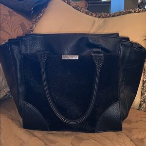 Black purse from forever 21
